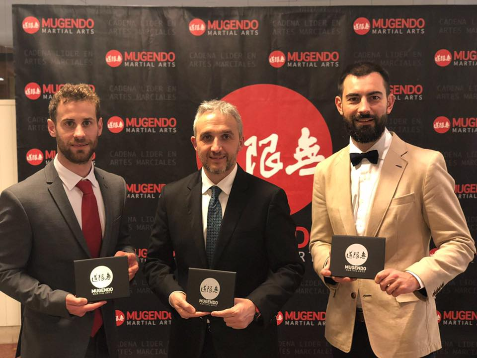 Mugendo Euskadi recibe galardones en Barcelona